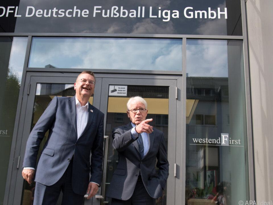 DFB-Präsident Reinhard Grindel und DFL-Präsident Reinhard Rauball