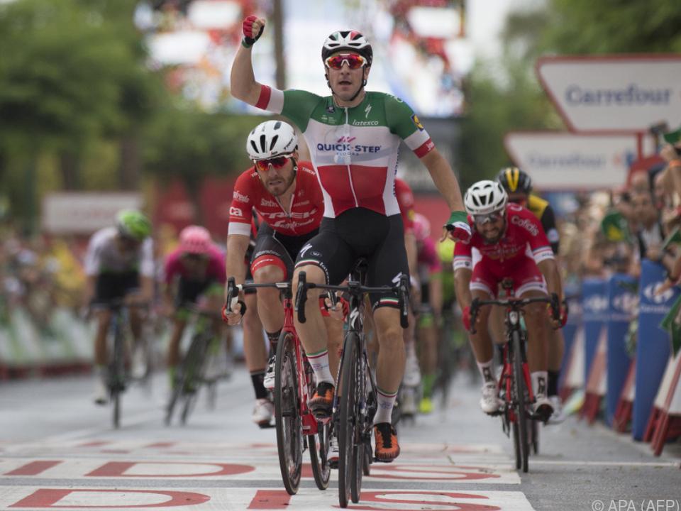 Elia Viviani überquerte die Ziellinie als Erster