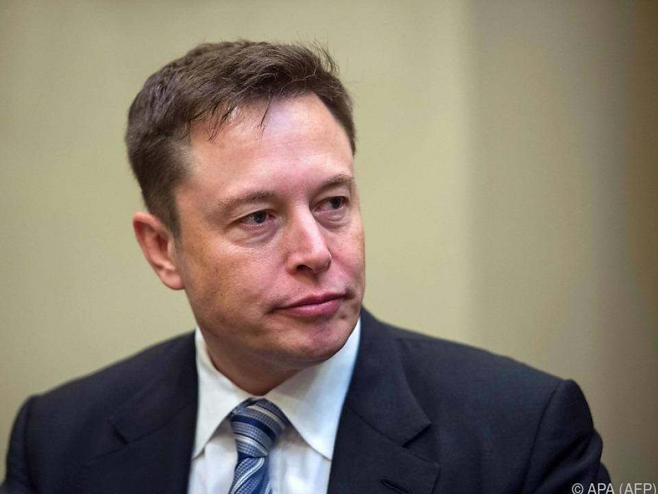 Elon Musk änderte seine Pläne