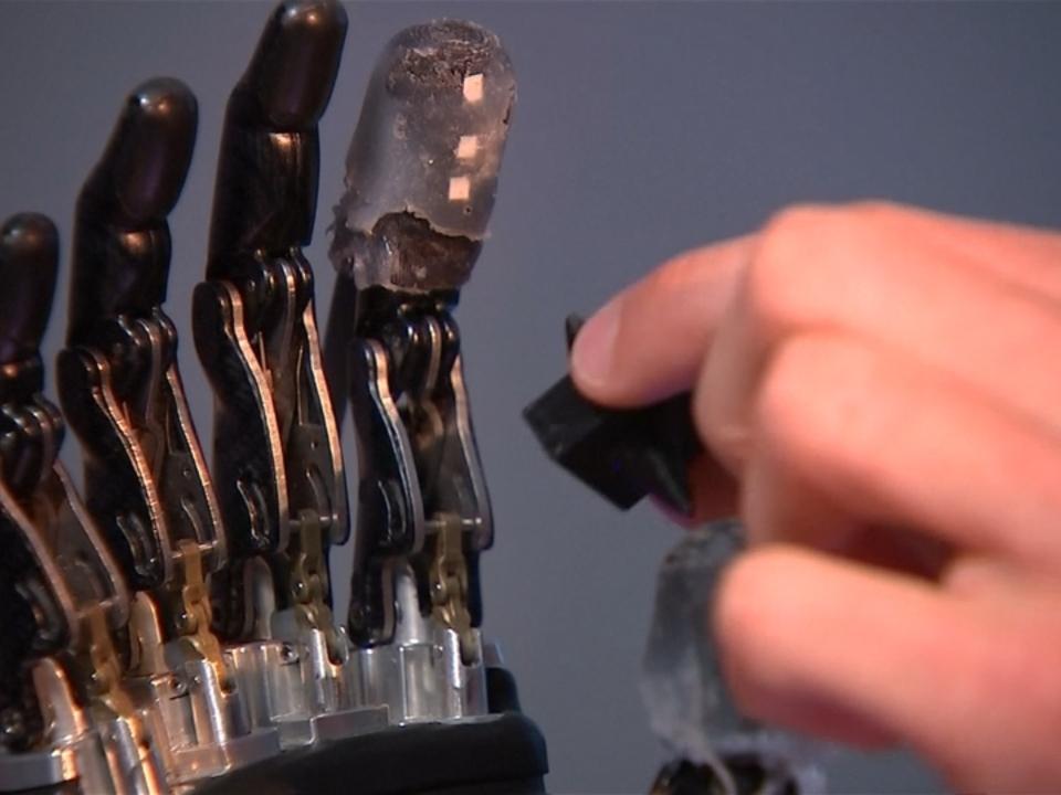 Handprothese mit Fingerspitzengefühl