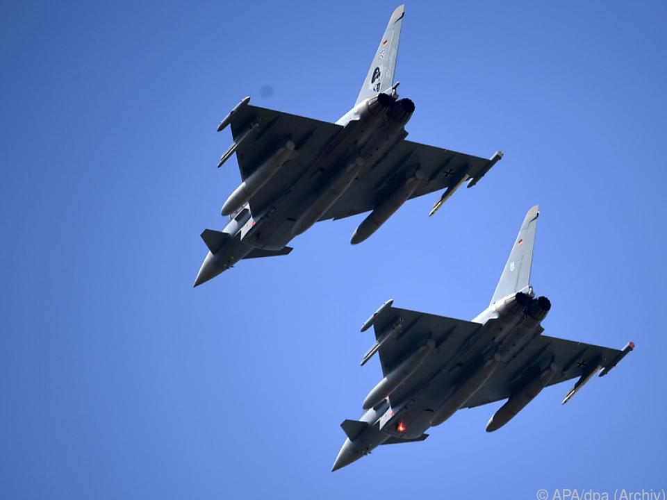 In der Causa Eurofighter soll es zwei neue Beschuldigte geben