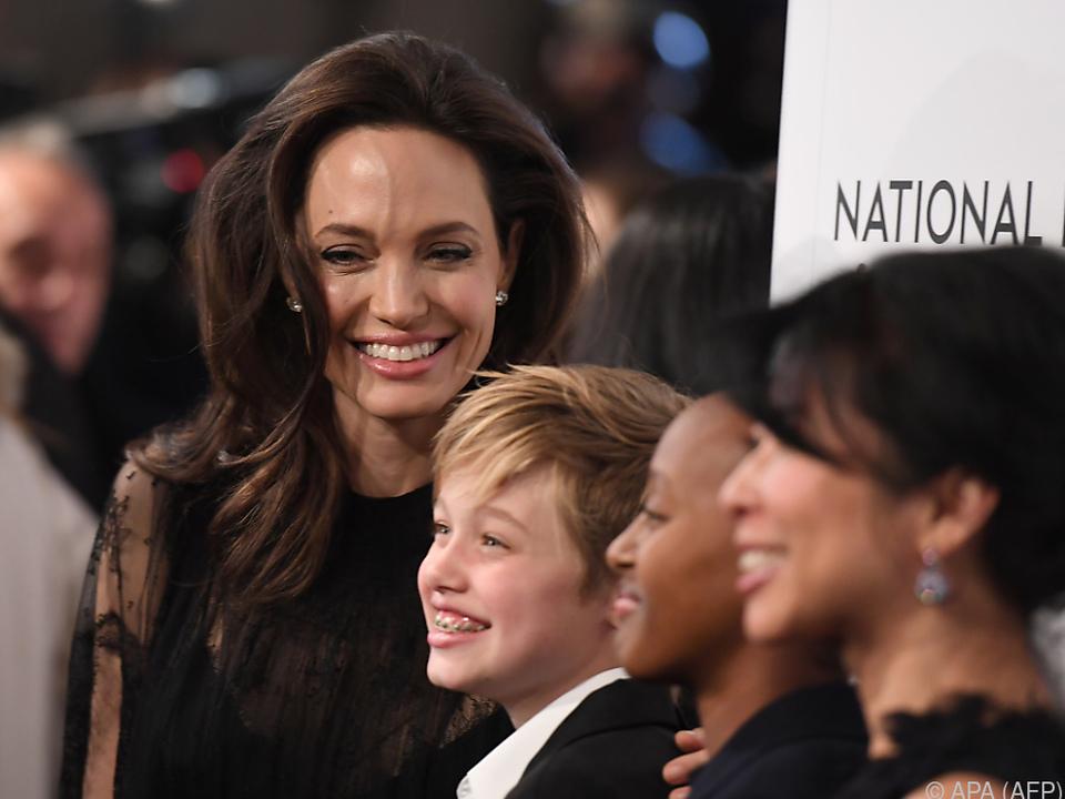 Jolie beklagt fehlende Unterhaltszahlungen