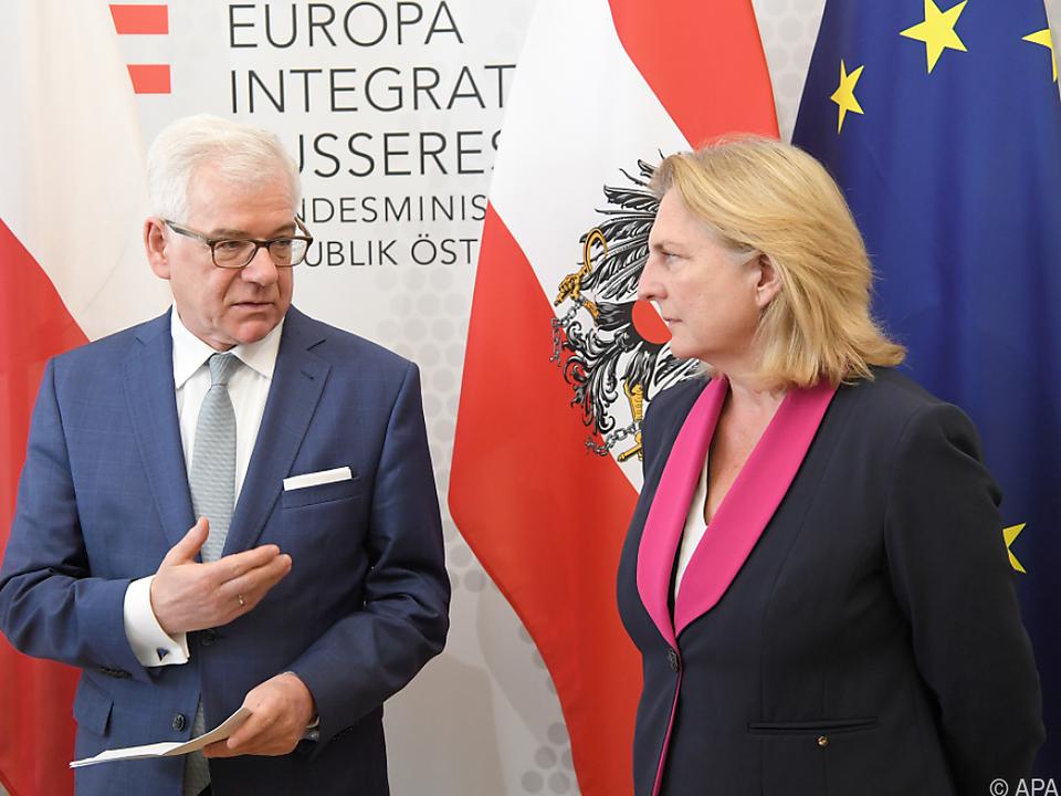 Kneissl und Czaputowicz stimmen in der Migrationsfrage überein