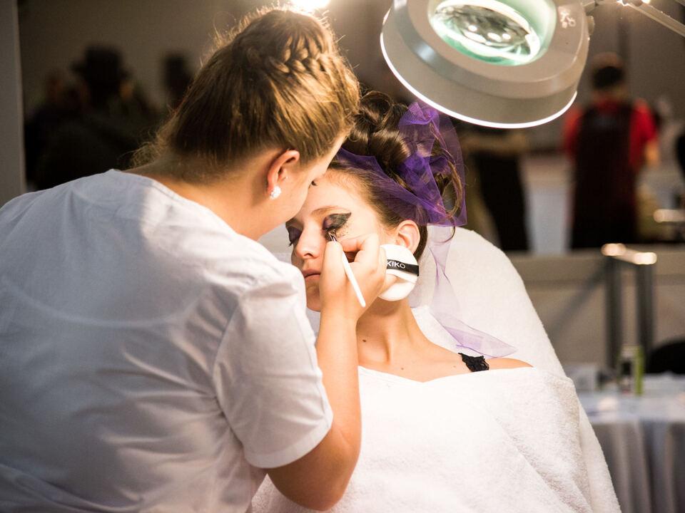 Kosmetikerin makeup