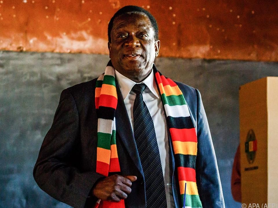 Mnangagwa bleibt im Amt