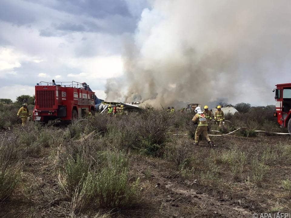 Nach dem Unfall brach in der Maschine ein Feuer aus