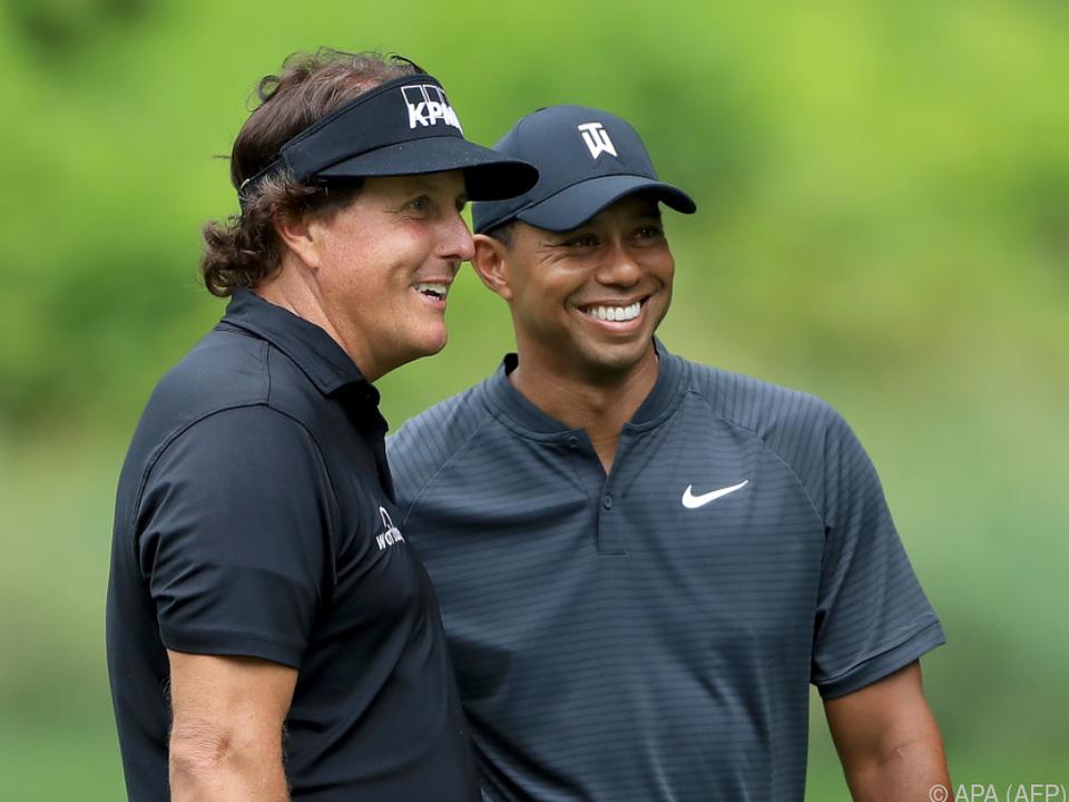 Phil Mickelson und Tiger Woods liefern sich ein Privat-Duell