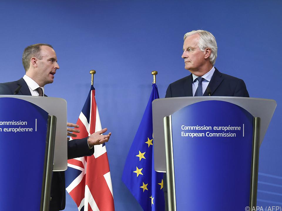 Raab und Barnier bei der gemeinsamen Pressekonferenz