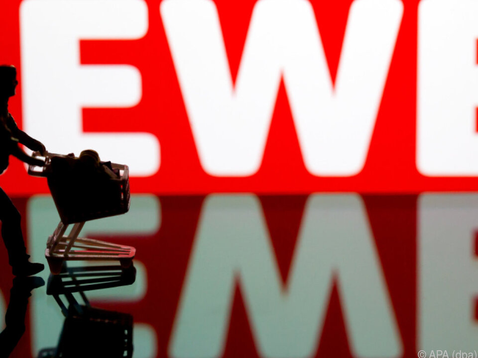 Rewe will Öffnungszeiten von 72 auf 76 Stunden erhöhen