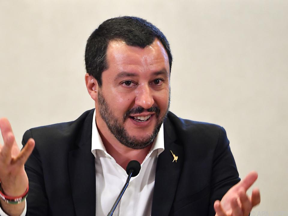 Salvini bekräftigt \