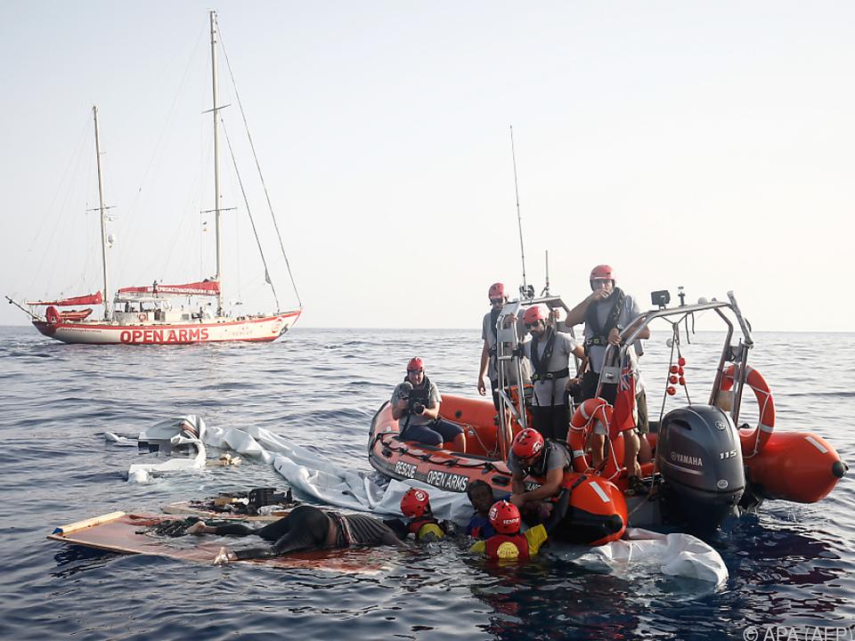 Schmuggler verwenden immer untauglichere Boote