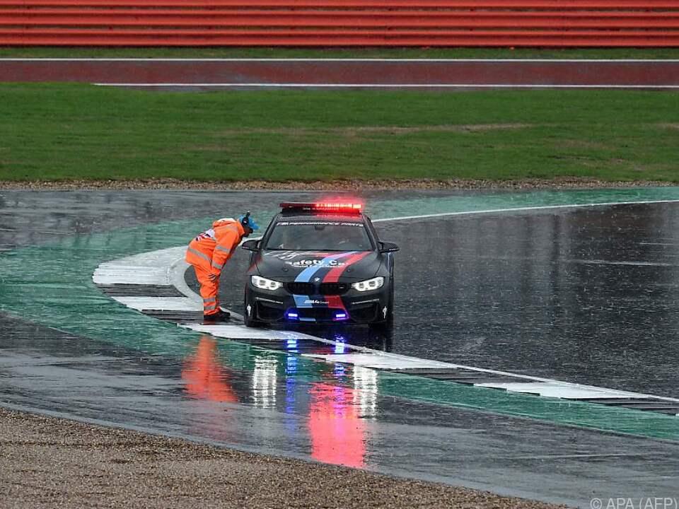 Schwerer Regen machte ein MotoGP-Rennen in Silverstone unmöglich