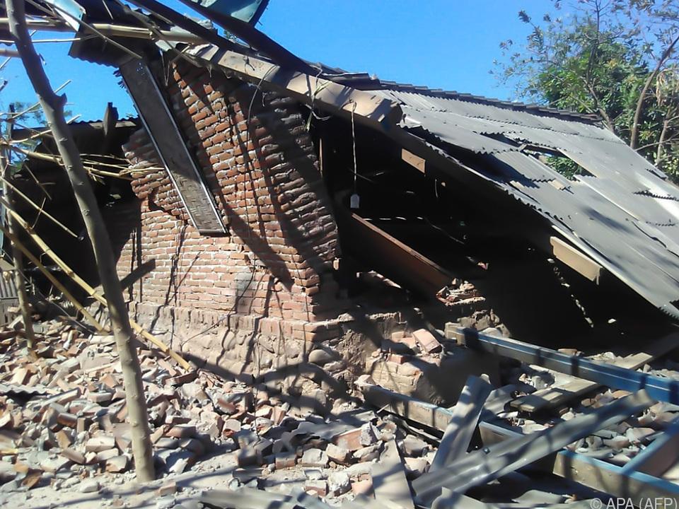 Wieder haben Erdbeben Indonesien erschüttert