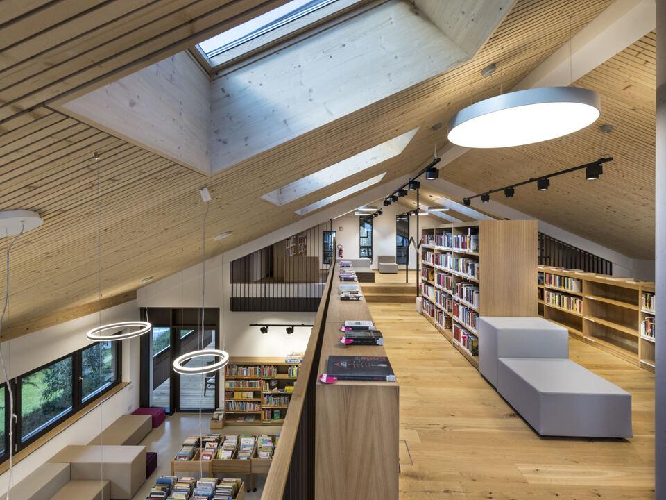 Bibliothek Seis Kastelruth