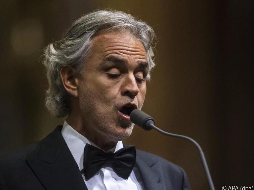 Andrea Bocelli wandelt zwischen Pop und Klassik