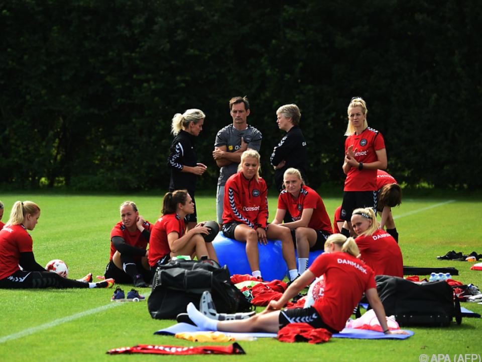 Auch die dänische Frauen-Fußballnationalmannschaft streikte 2017