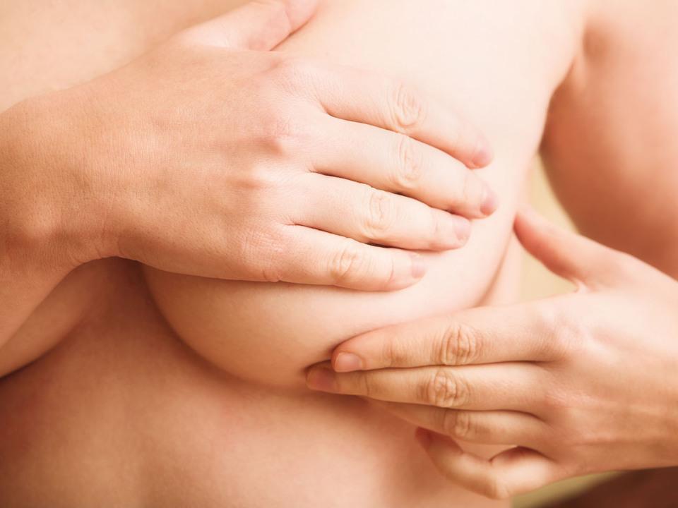 Brust abtasten 2