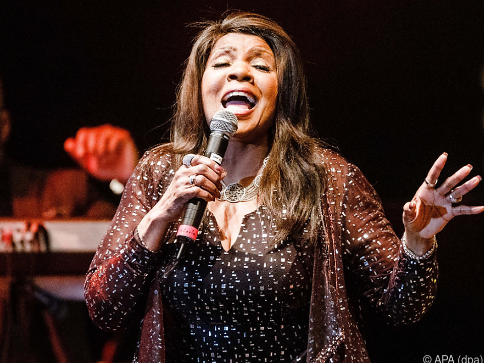 Die 69-jährige Sängerin ist voll mit Energie