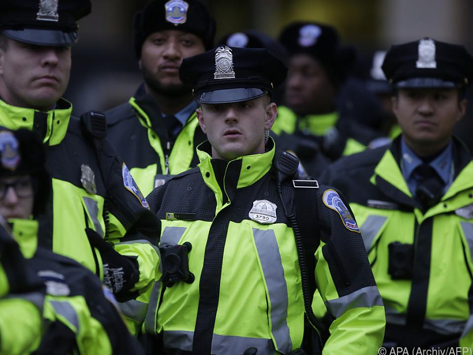 Die Polizei nahm eine verdächtige Person fest