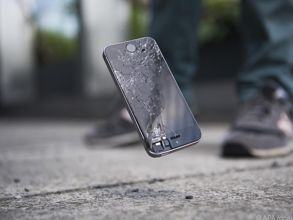 Ein Sturz kann ausreichen, um ein Smartphone-Leben zu beenden