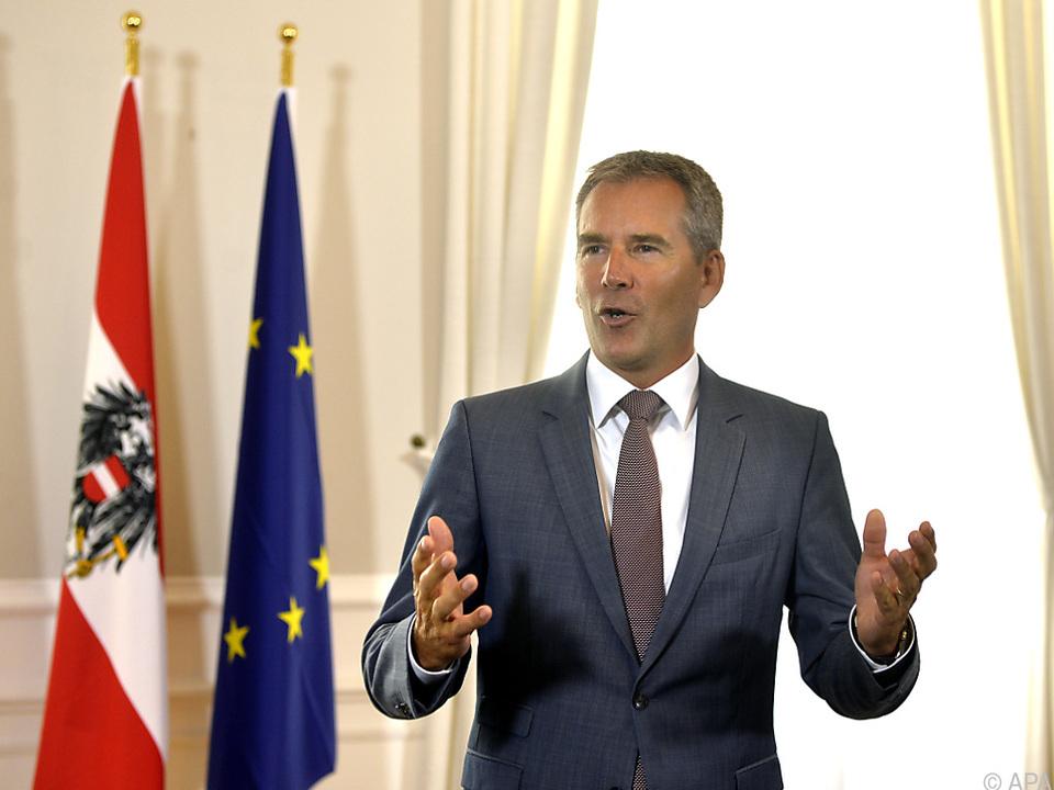 Es geht laut Löger um fünf Milliarden Euro