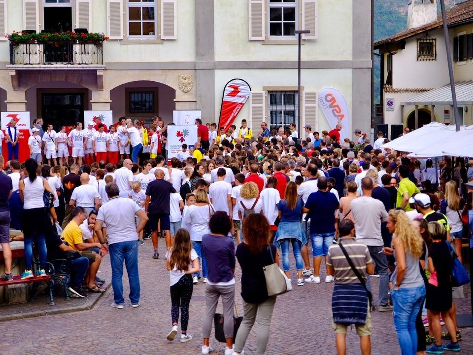 EUREGIO Spiele - Siegerehrung Marktplatz Kaltern