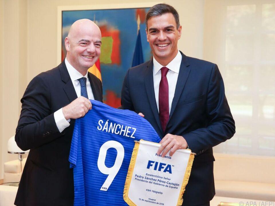 FIFA-Boss Infantino zu Gast bei Spaniens Premier Sanchez in Madrid