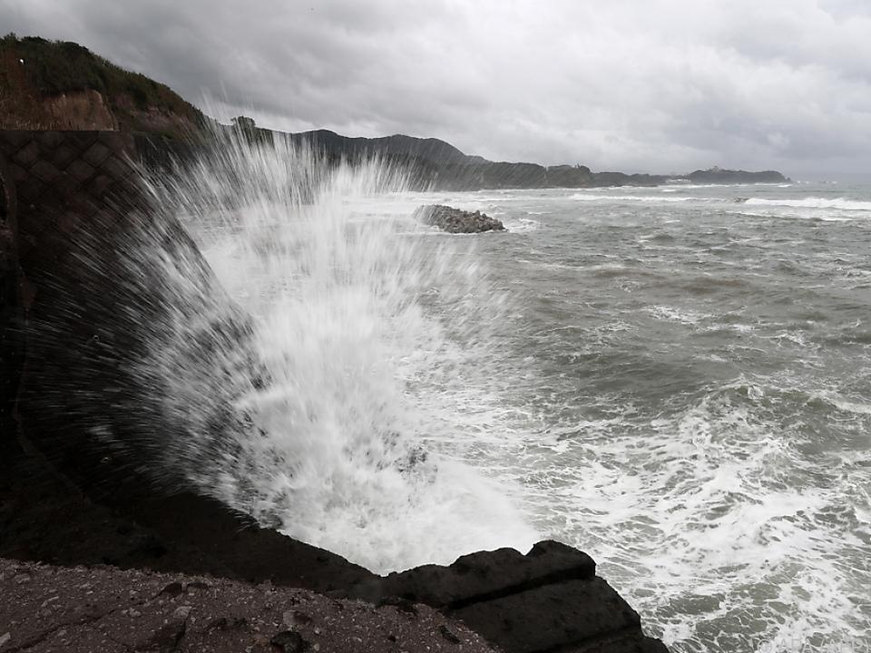 Gefährlicher Sturm und Regenfälle
