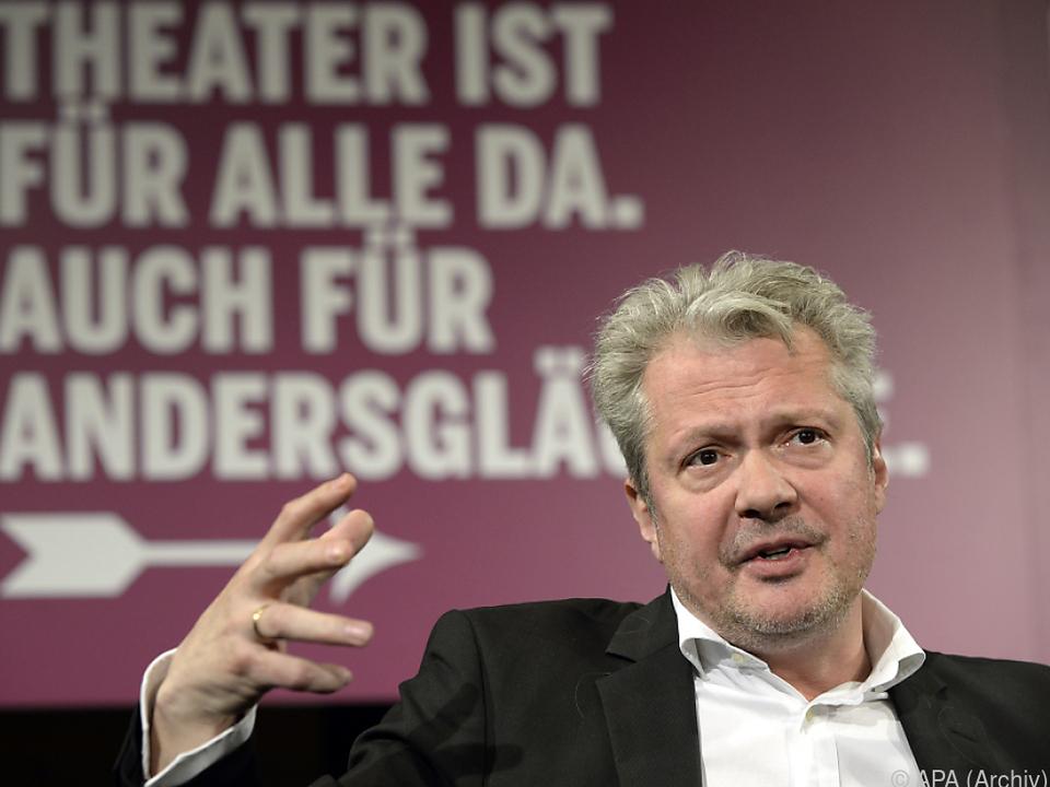 Herbert Föttinger verlängert bis 2026.