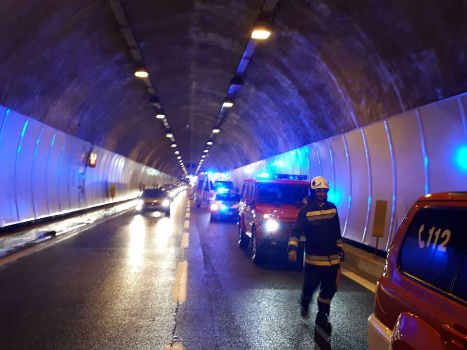 Unfall A22 Tunnel