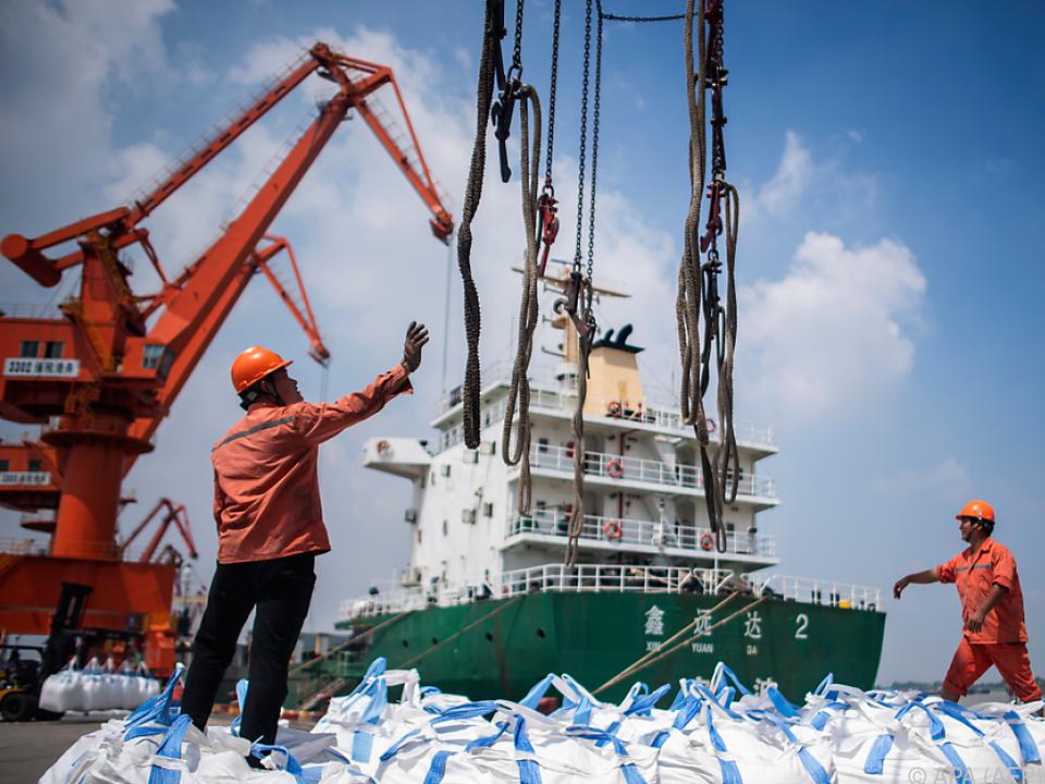 Importe aus China werden mit Strafzöllen belegt