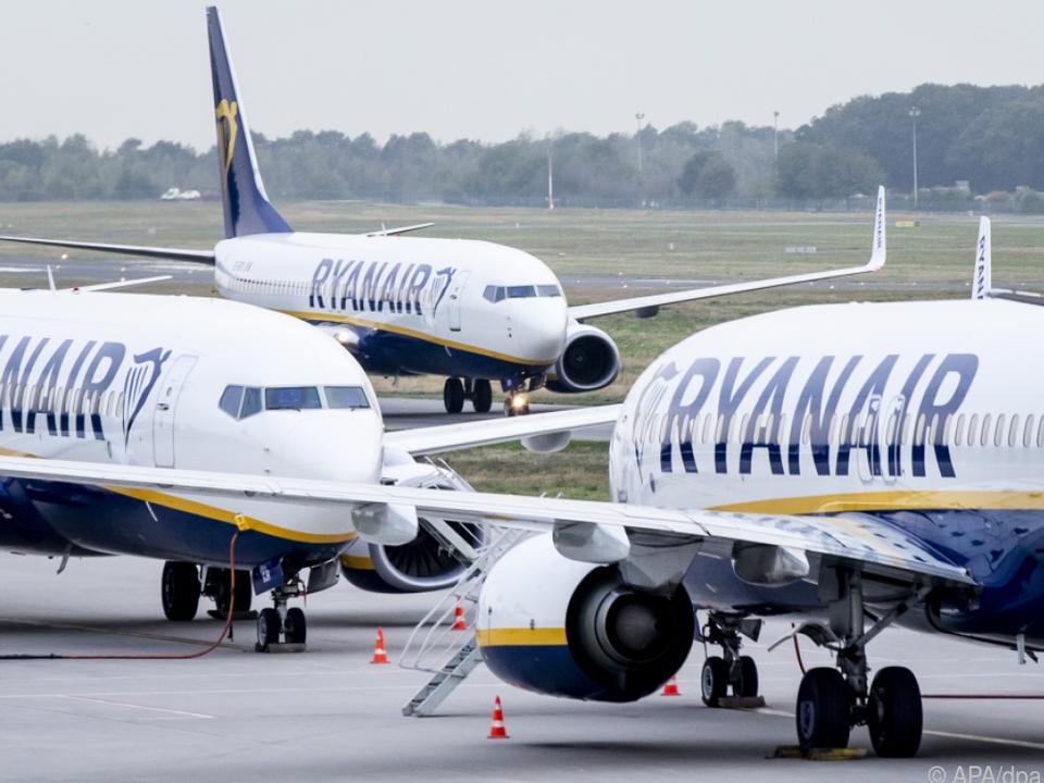 In sechs europäischen Ländern sollen die Flugbegleiter streiken