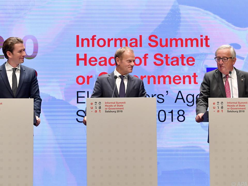 Kurz, Tusk und Juncker präsentieren Ergebnisse des Salzburger Gipfels