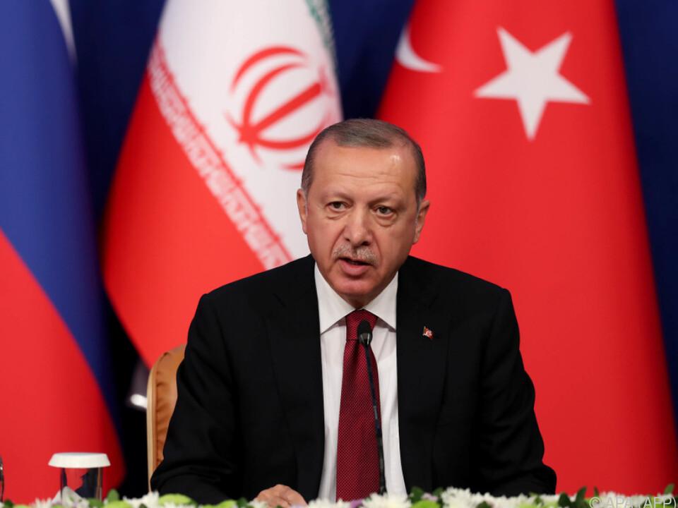 Laut Erdogan berge ein Großangriff enorme Sicherheitsrisiken
