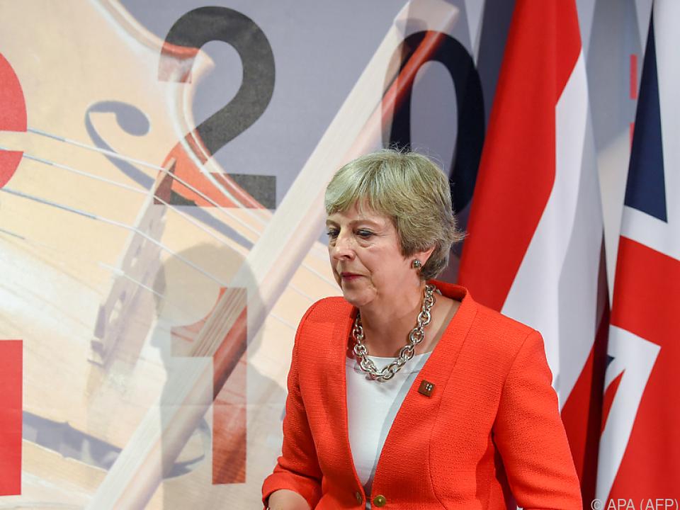 May will an ihren Plänen zum Brexit festhalten