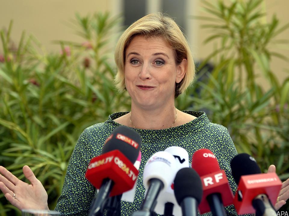 Parteichefin Meinl-Reisinger erwartet ihr drittes Kind