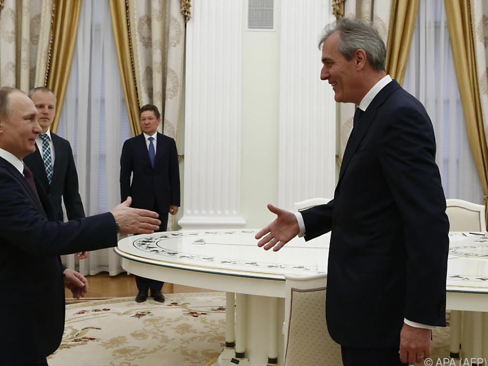 Rainer Seele bei einem Treffen mit Putin in Moskau