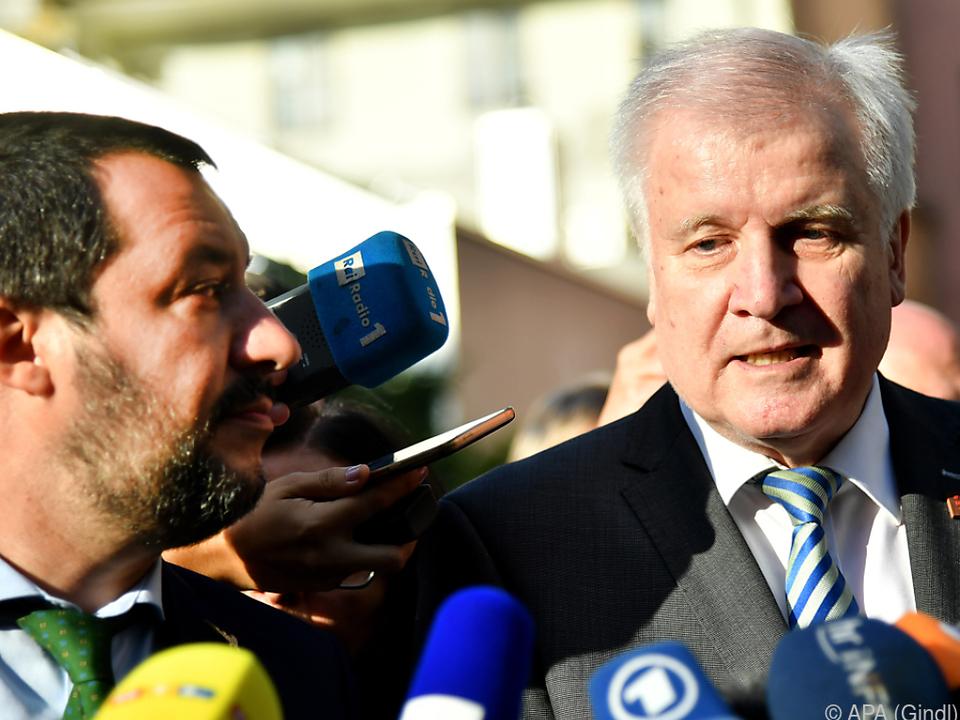 Seehofer und Amtskollege Salvini bei einem Treffen im Juli