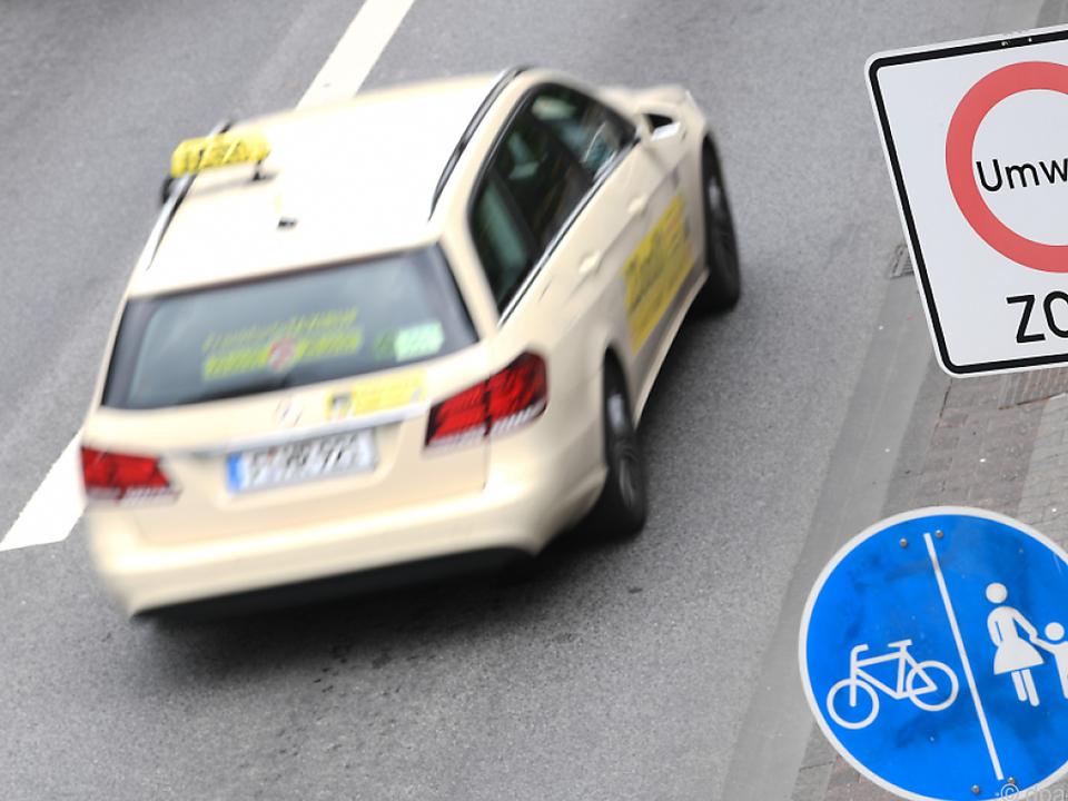 Taxifahrer müssen u.a. Erste-Hilfe-Kurse absolvieren