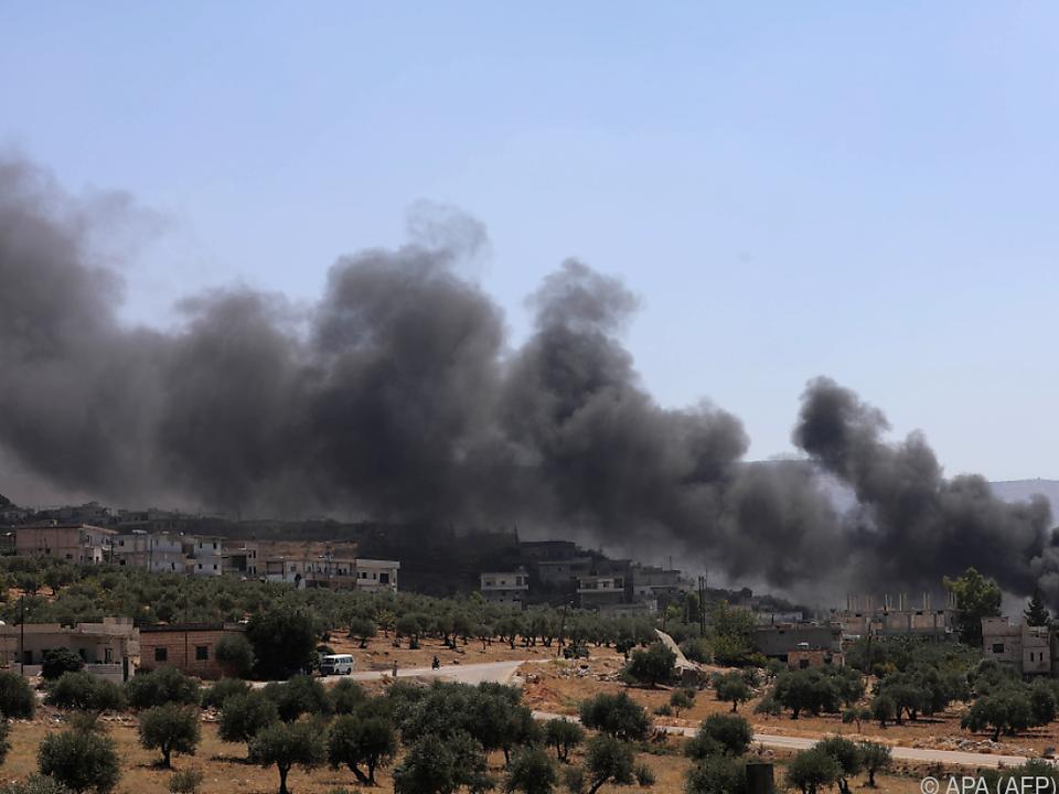 Teile der Region Idlib sollen aus der Luft angegriffen worden sein