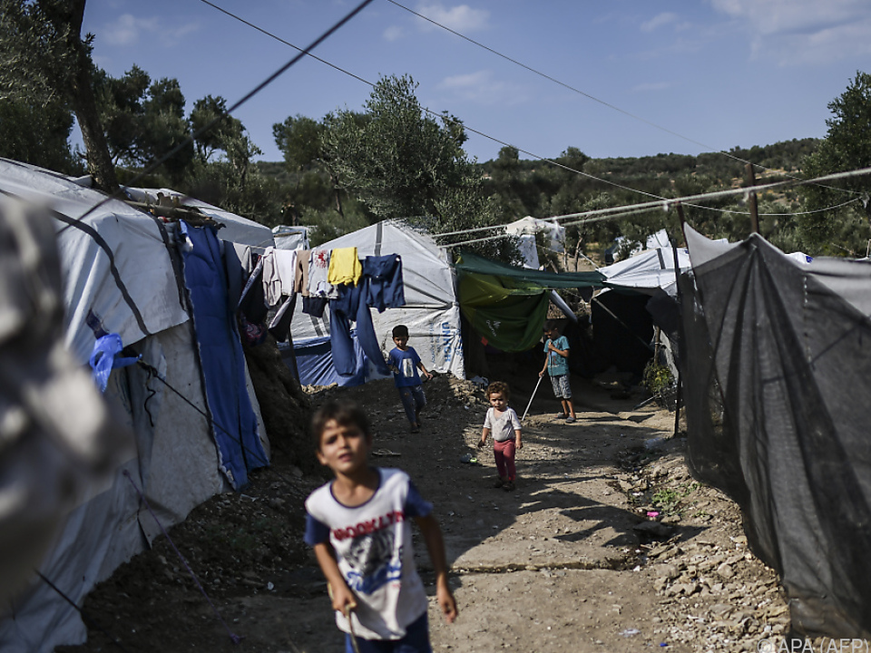 Über 20.000 Menschen sind in den Lagern untergebracht