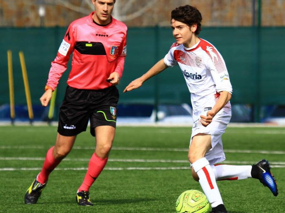 Under 17_Emil Grezzani in azione