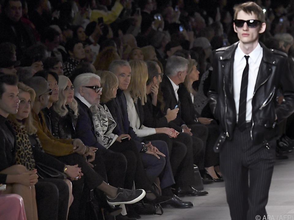 Viel Prominenz bei der Pariser Fashion Week
