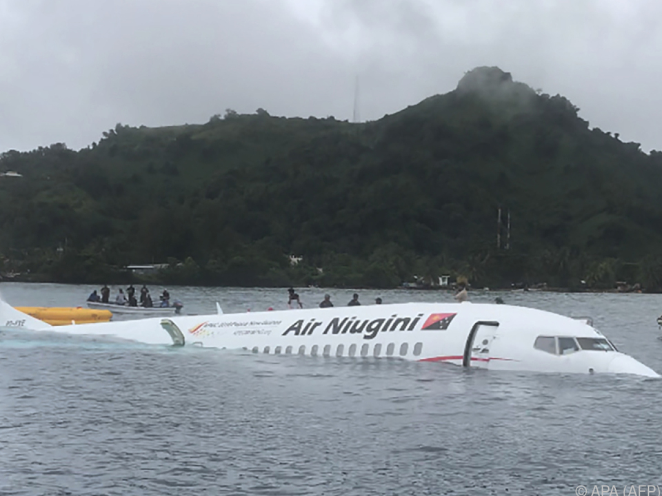 Warum die Boeing im Wasser landete, war unklar