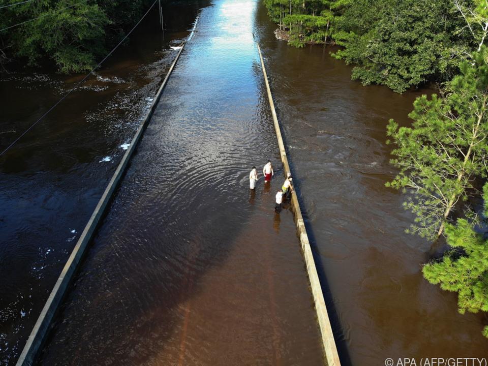 Weiter ansteigende Wasserständen der Flüsse
