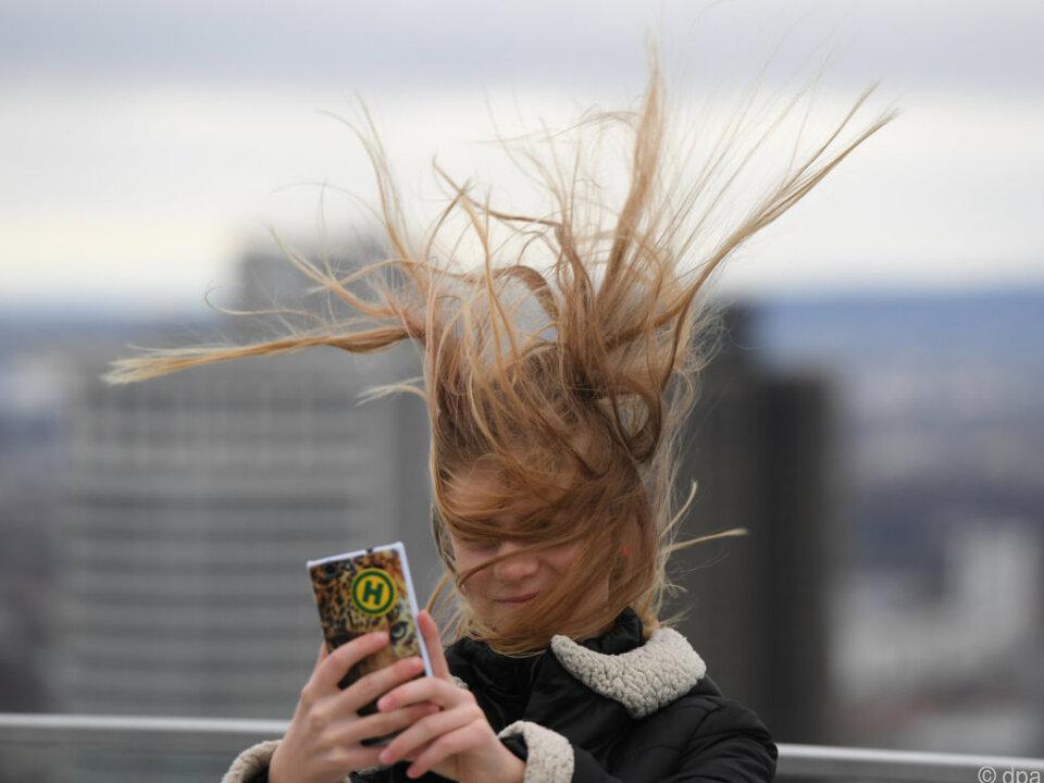 Windgeschwindigkeiten von bis zu 120 km/h werden erwartet
