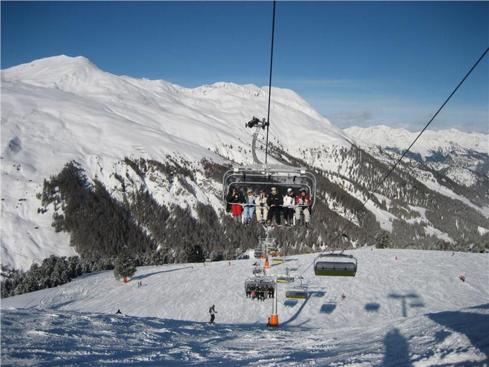 skifahren lift sessellift winter schnee