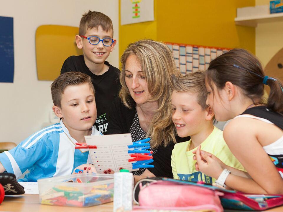 kinder familie  kinderbetreuung kindergarten 1012216_Nachmittagsbetreuung