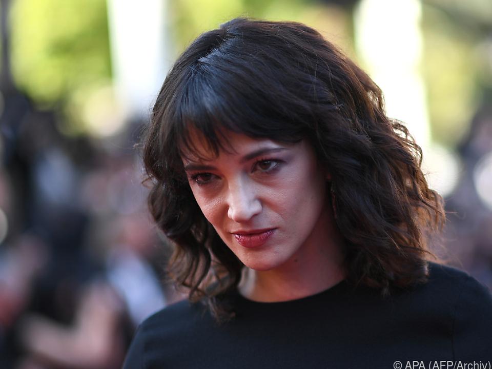 Asia Argento hat Mitleid mit Bennett