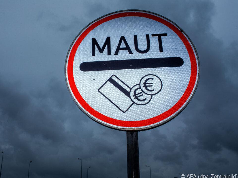 Ausgerechnet ein österreichisches Unternehmen soll die Pkws kontrollieren